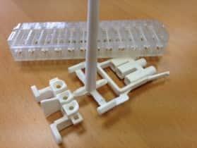 supports de connecteur plastique PSU pour avionique