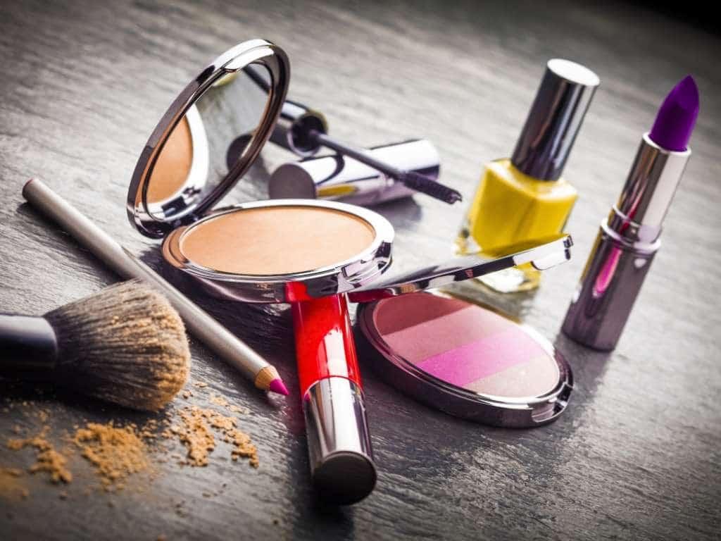 Injection plastique dans le domaine de la cosmétique, PLASTIC INJECTION COSMETICS