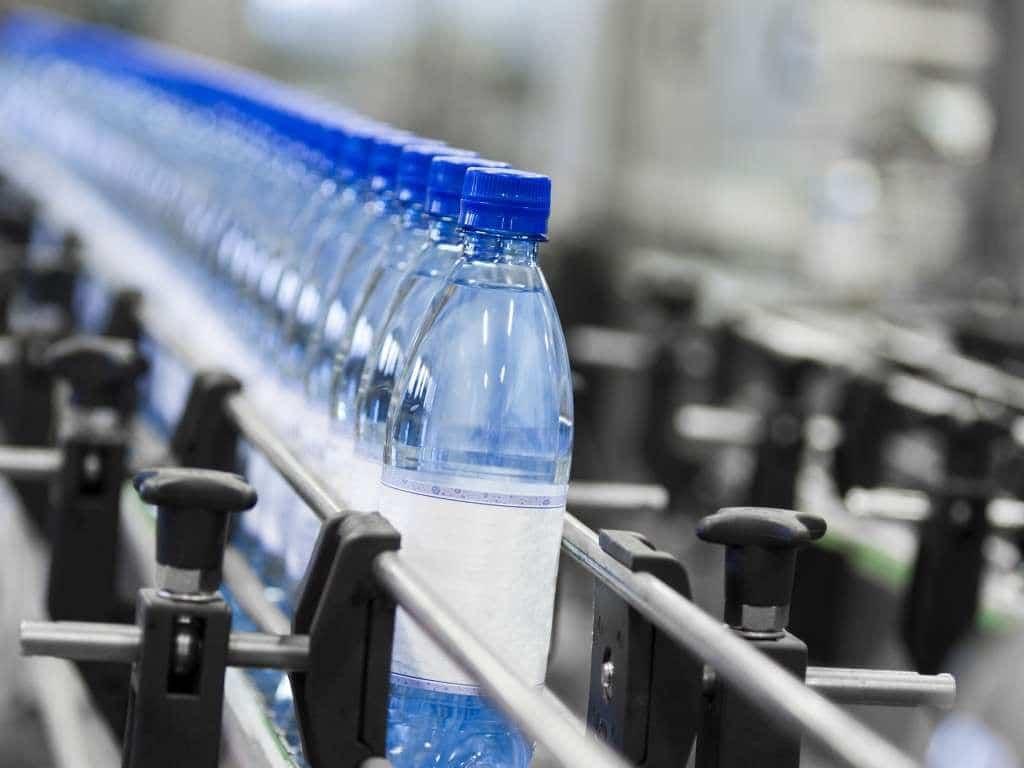 Injection plastique recyclage traitement des dechets, PLASTIC INJECTION RECYCLING
